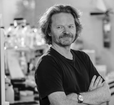 Pierre Vanderhaeghen (Professor, PI)